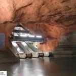 تصاویر ایستگاه متروی شگفت انگیز استکهلم سوئد ( ترکیب هنر و معماری ) 2