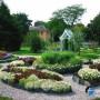 مجموعه 101 عکس محوطه سازی ویلایی و مسکونی ( حیاط ) - طراحی محوطه آلاچیق ، استخر ، سنگ فرش و ... 8