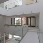 ساختمانی با نما و اتاق های متحرک در تهران ( خانه شریفی ها ) دانلود نقشه های معماری و تحلیل 24