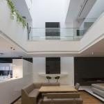 ساختمانی با نما و اتاق های متحرک در تهران ( خانه شریفی ها ) دانلود نقشه های معماری و تحلیل 1
