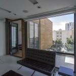 ساختمانی با نما و اتاق های متحرک در تهران ( خانه شریفی ها ) دانلود نقشه های معماری و تحلیل 6